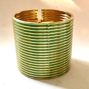 Green Gold Thick Hinged Bracelet